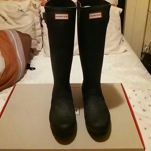 Hunter Black Tall Rain boot